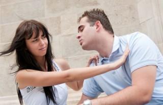 Que hacer cuando alguien te rechaza un beso